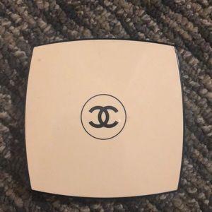 Chanel les beige healthy glow